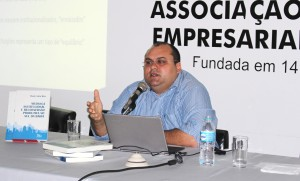 Elson Mira Reunião Ordinária da ACI  1º de junho de 2015 (9)