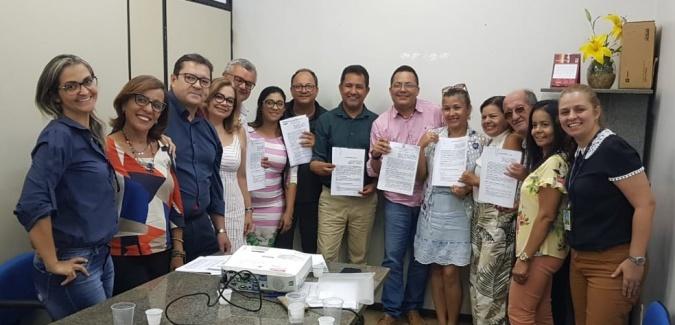 prefeitos-secretarios-municipais-representantes-da-amurc-e-da-proex-uesc