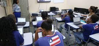 Ensino Médio da rede estadual inicia aulas semipresenciais na segunda-feira  (26) e o Ensino Fundamental no dia 9 de agosto | Voz da Bahia